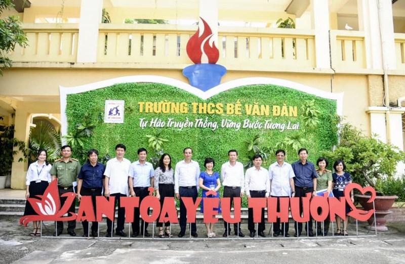 Công tác kiểm tra phòng chống dịch và chuẩn bị khai giảng của trường THCS Bế Văn Đàn